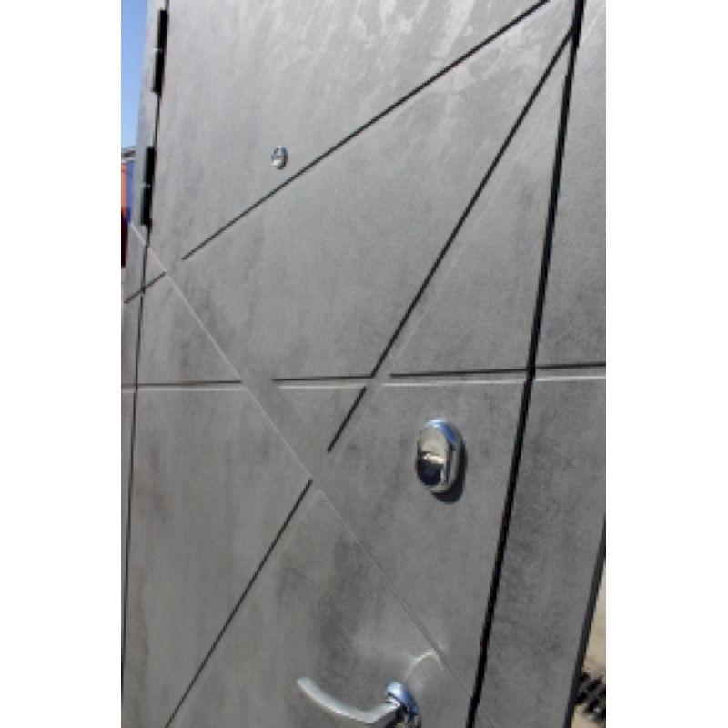 Входные двери Титин  белый МДФ / МДФ бетон